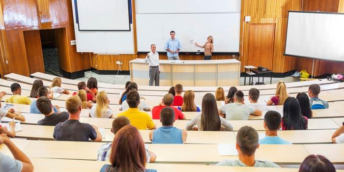 Degree Analytics Raises $1MM to Help Students Graduate College